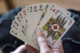 jouer belote